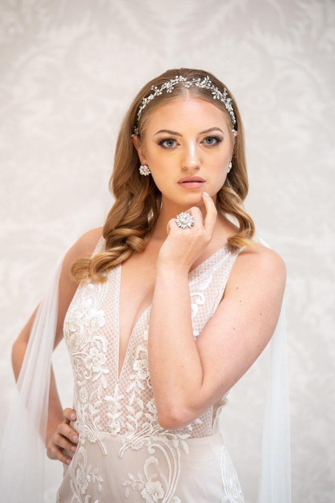 Dress Scoop a été présenté dans le magazine Elegant Wedding
